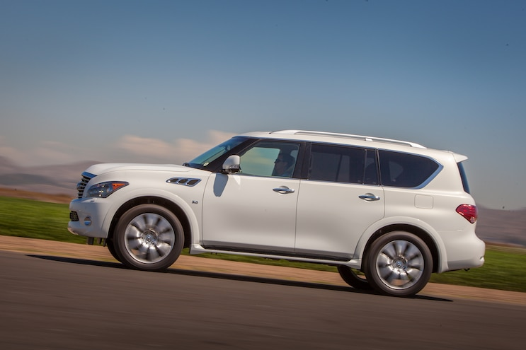 2014 Infiniti QX80 Driver Side In Motion