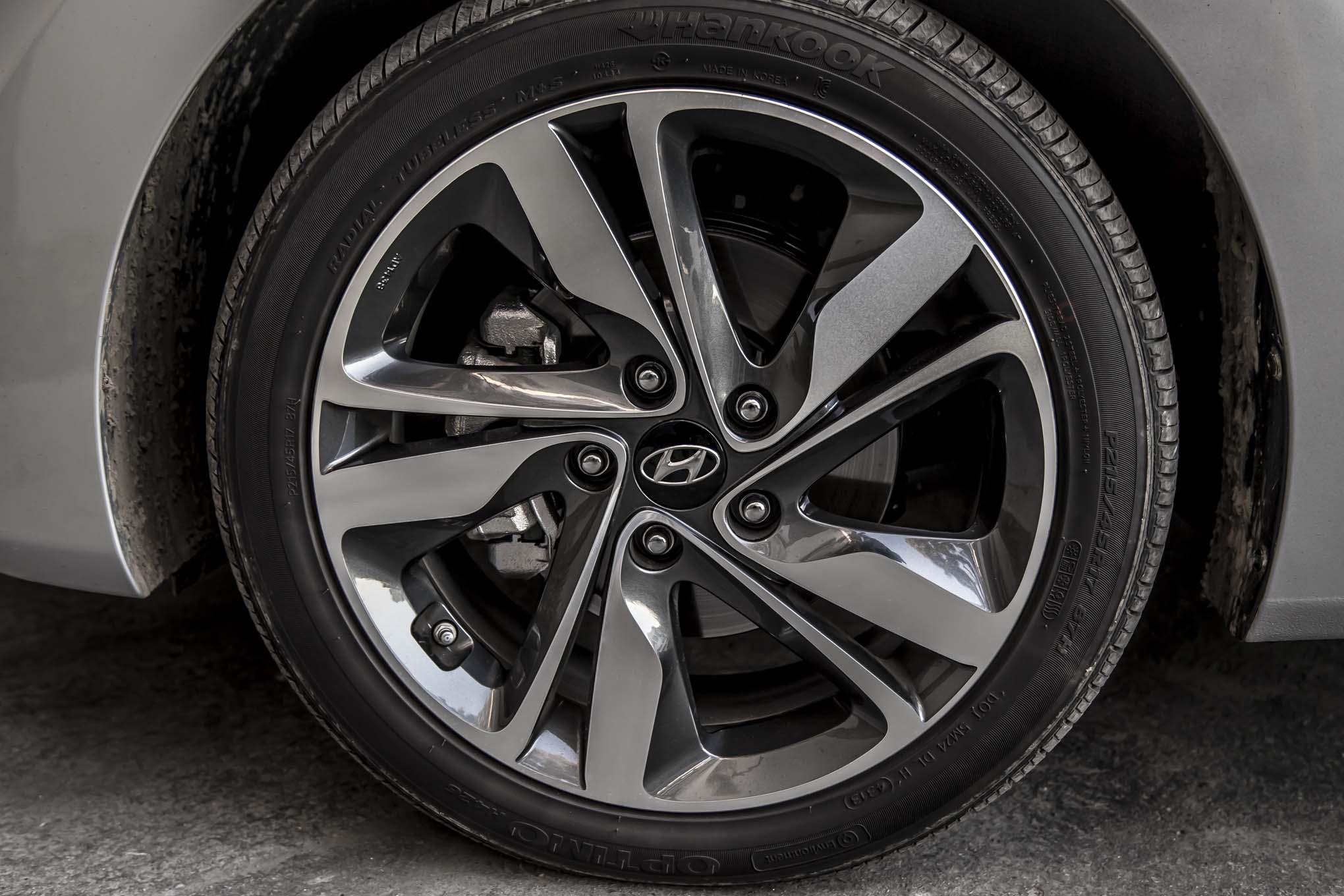 2012 Hyundai Elantra Tire Size >> 2012 Hyundai Elantra Tire Size Auto Car Reviews 2019 2020