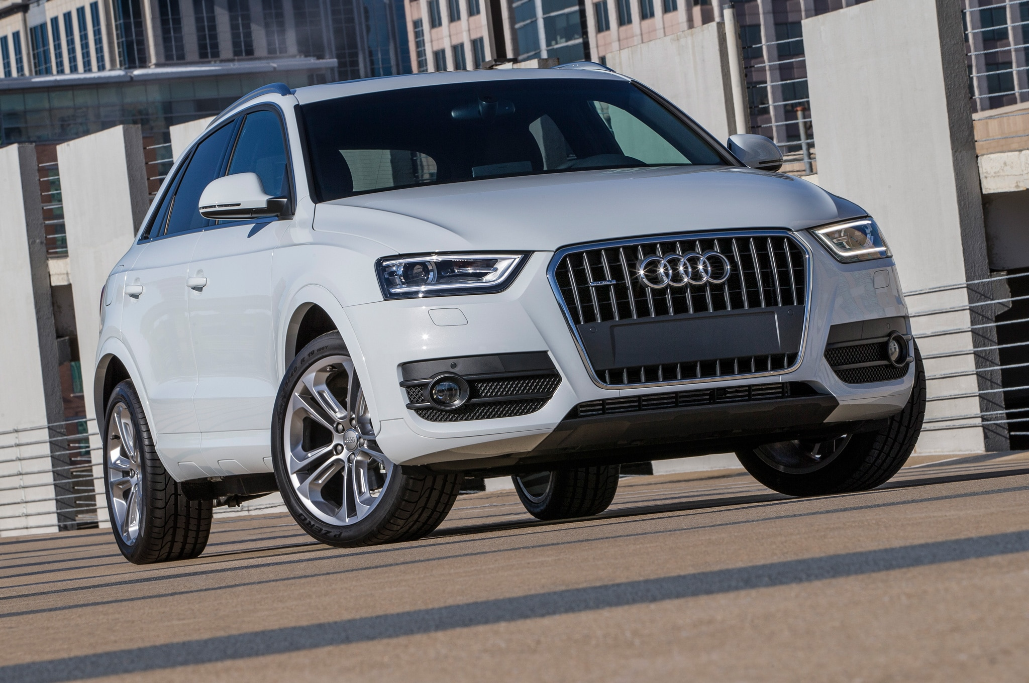 2015 Audi Q3 Priced at $33,425, Slightly More than GLA