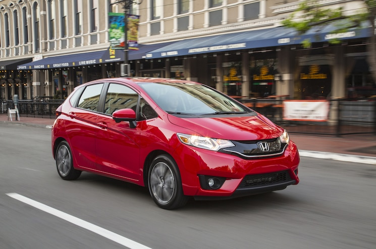 2015 Honda Fit Front Three Quarters In Motion 06