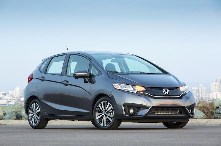 2015 Honda Fit Front Three Quarter Static 03