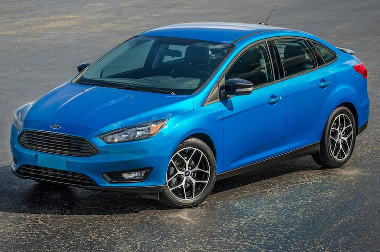 2015 Ford Focus Sedan Front Side Static View