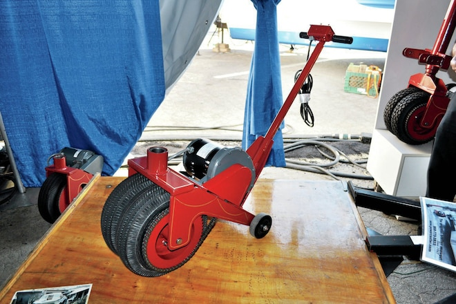 Electric Trailer Dolly >> Power Caster Hot Products Rv Magazine