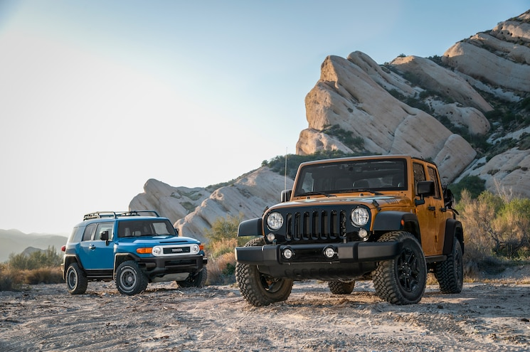 2014 Jeep Wrangler Unlimited Willys Wheeler Edition Toyota FJ Cruiser Trail Teams Ultimate Edition 02