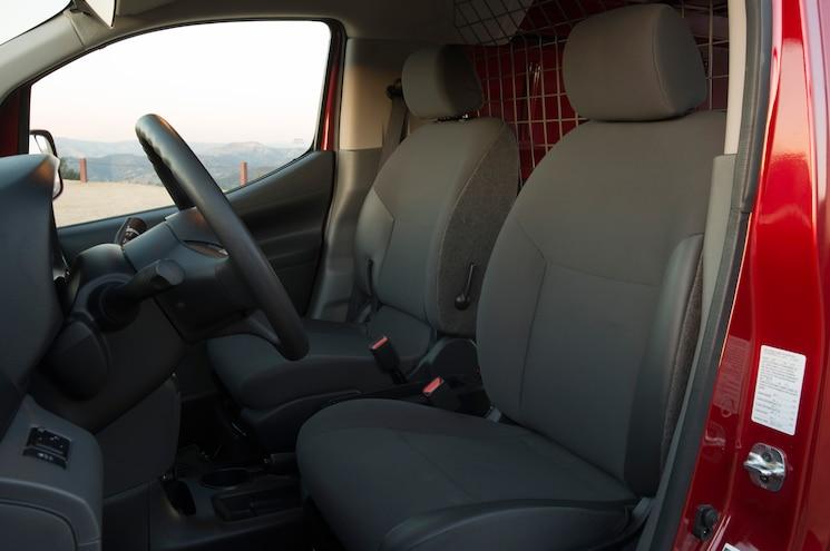 2013 Nissan Nv200 Front Seats