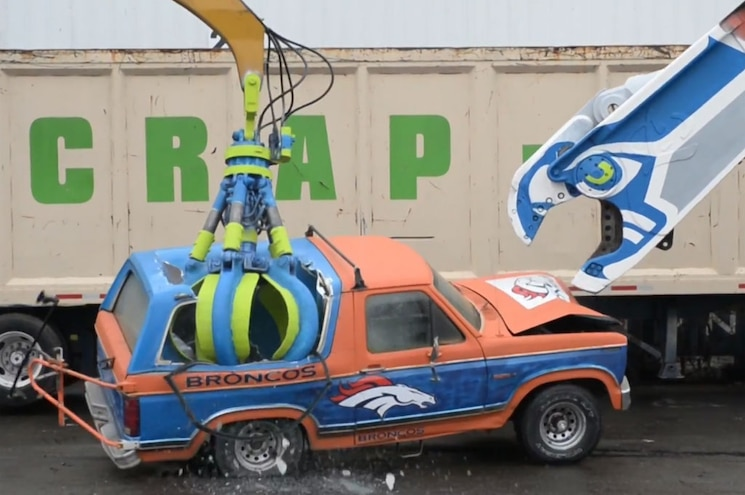 Video: Seattle Area Scrapyard Destroys Ford Bronco With Seahawk Crane Claw