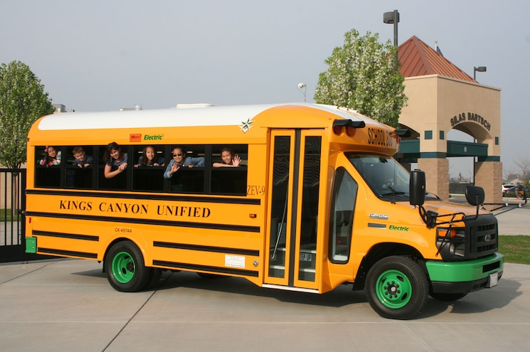 Full-Electric Ford E-450 School Bus Joins California District Fleet