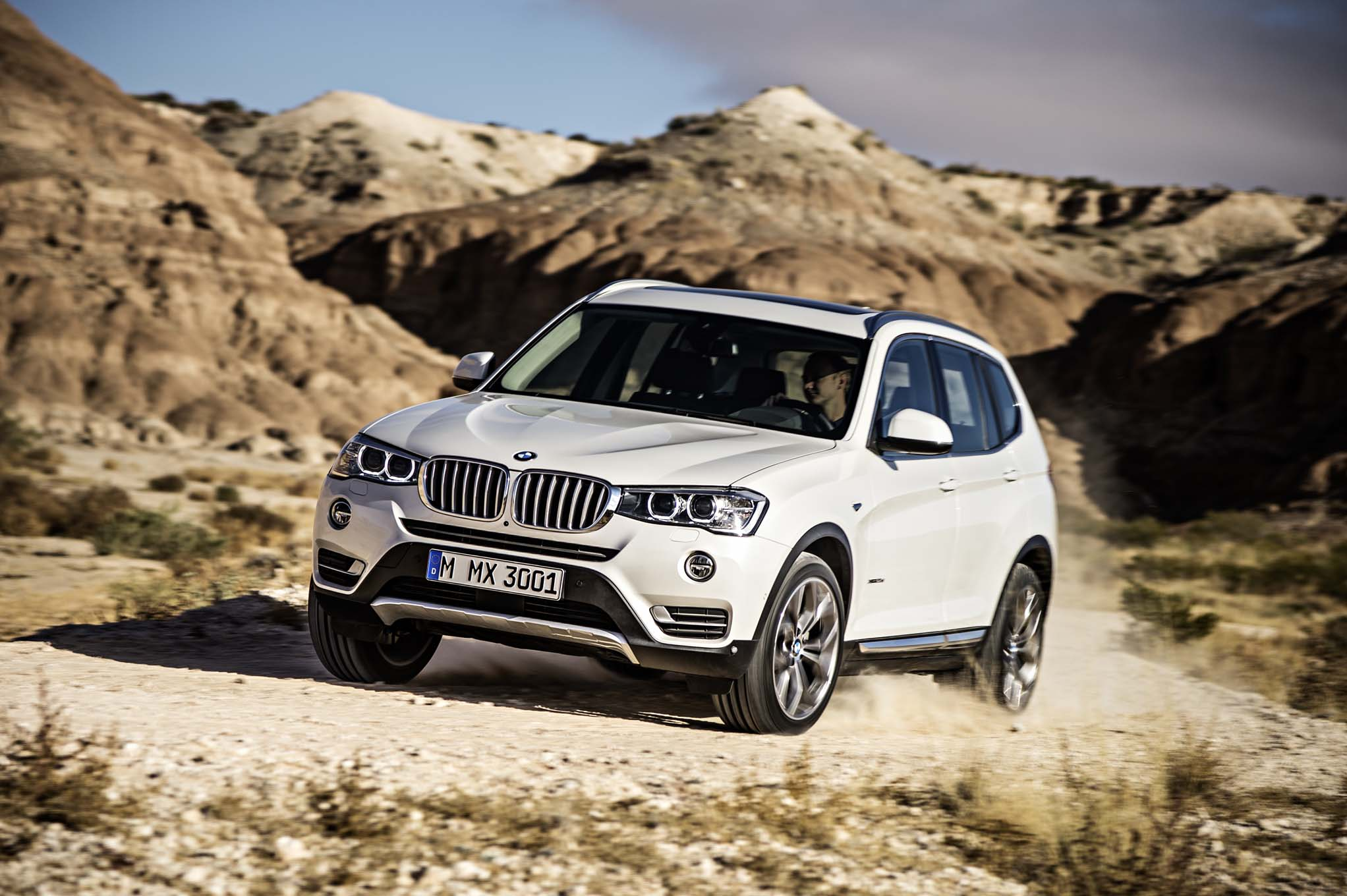 2015 Bmw X3 First Look Motor Trend