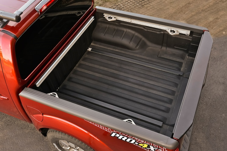 2014 Nissan Frontier Crew Cab Cargo Space View