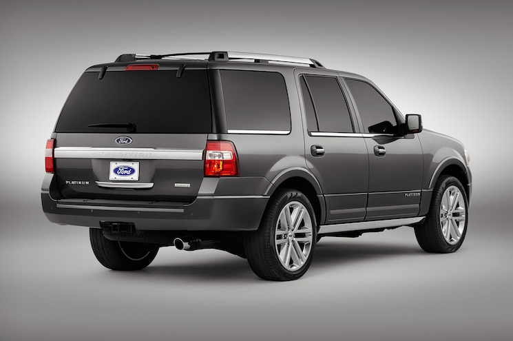 2015 Ford Expedition Rear Side View