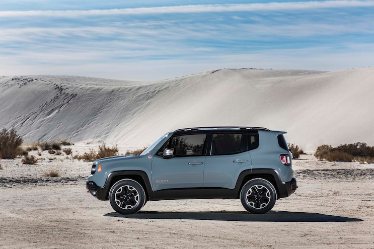 2015 Jeep Renegade Trailhawk Side Profile