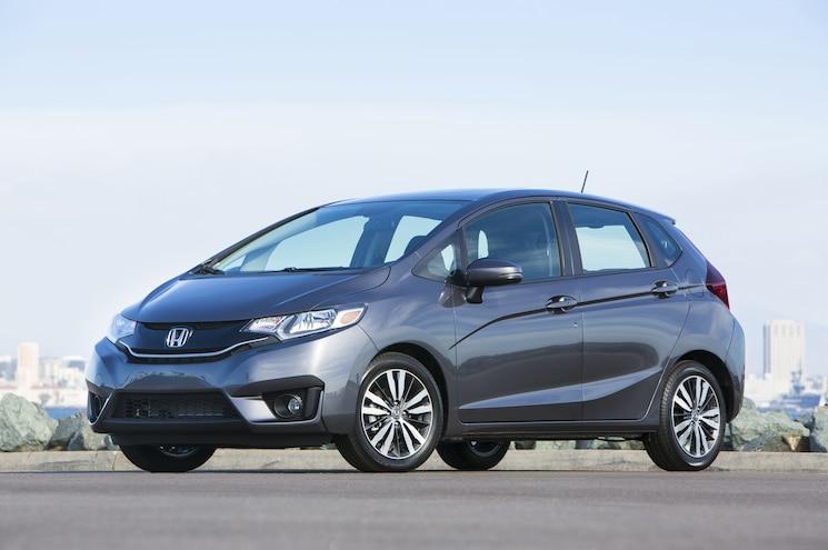 2015 Honda Fit Front Three Quarter 03