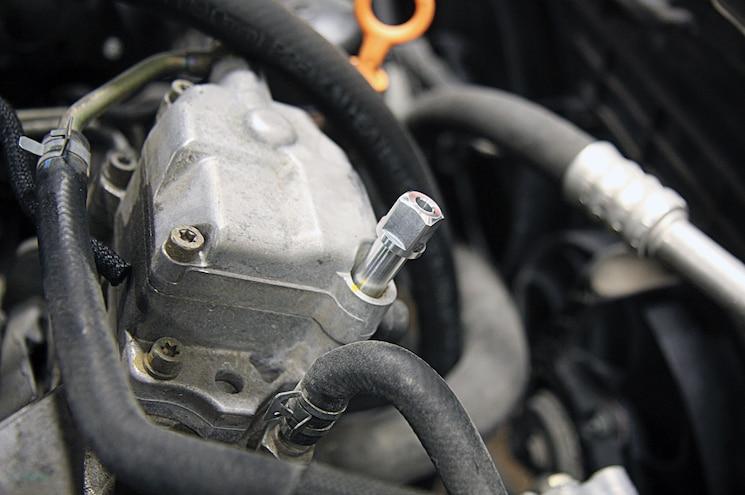 2002 Volkswagen Jetta TDI Adjusting The Injectors