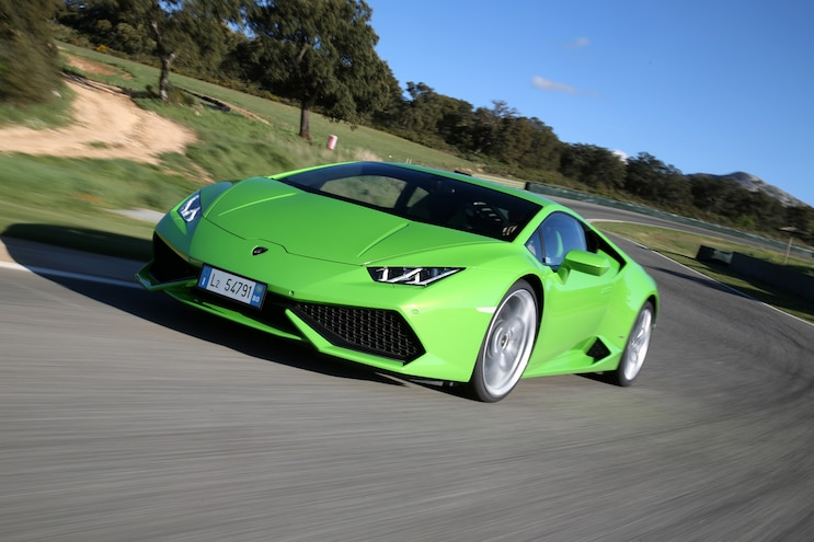 2015 Lamborghini Huracan LP 610 4 Green Front Three Quarter In Motion 03