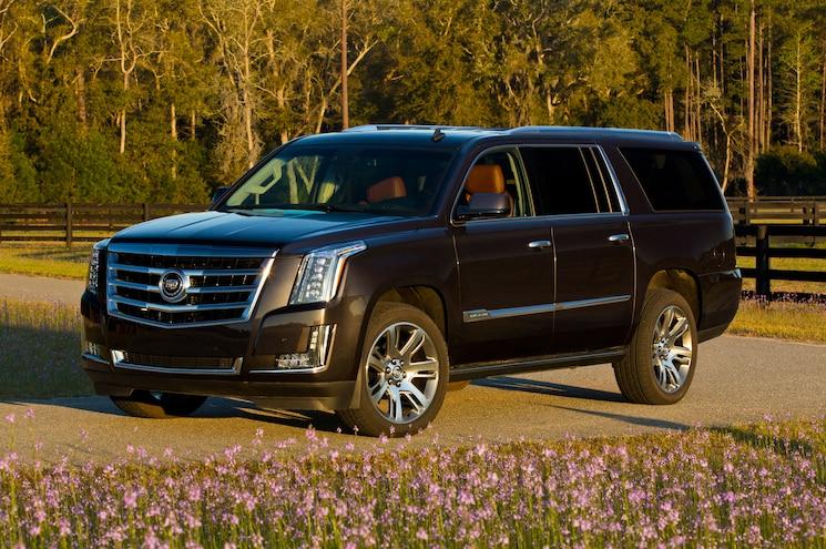 2015 Cadillac Escalade ESV Front Three Quarter 02