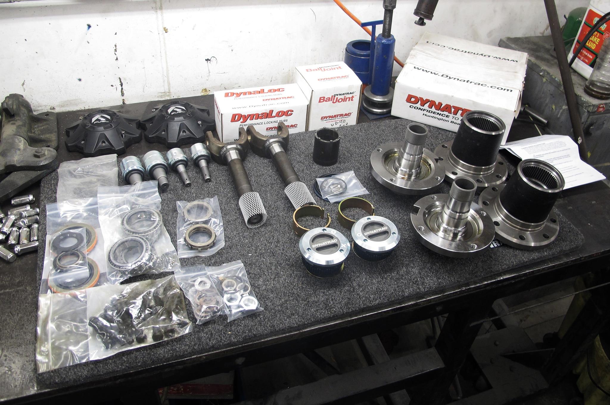 Ford Super Duty Dynatrac Dana 60 Free Spin Kit Install
