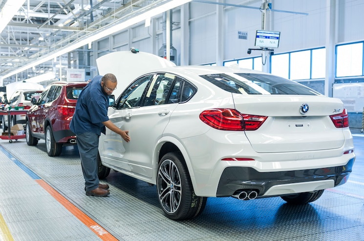 BMW Announces $1 Billion Investment in South Carolina, Confirms X7