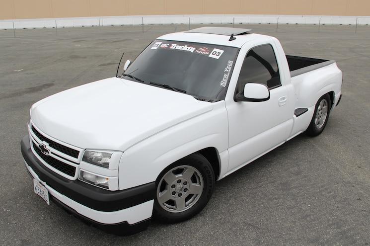 2003 Chevrolet Silverado Front Three Quarters