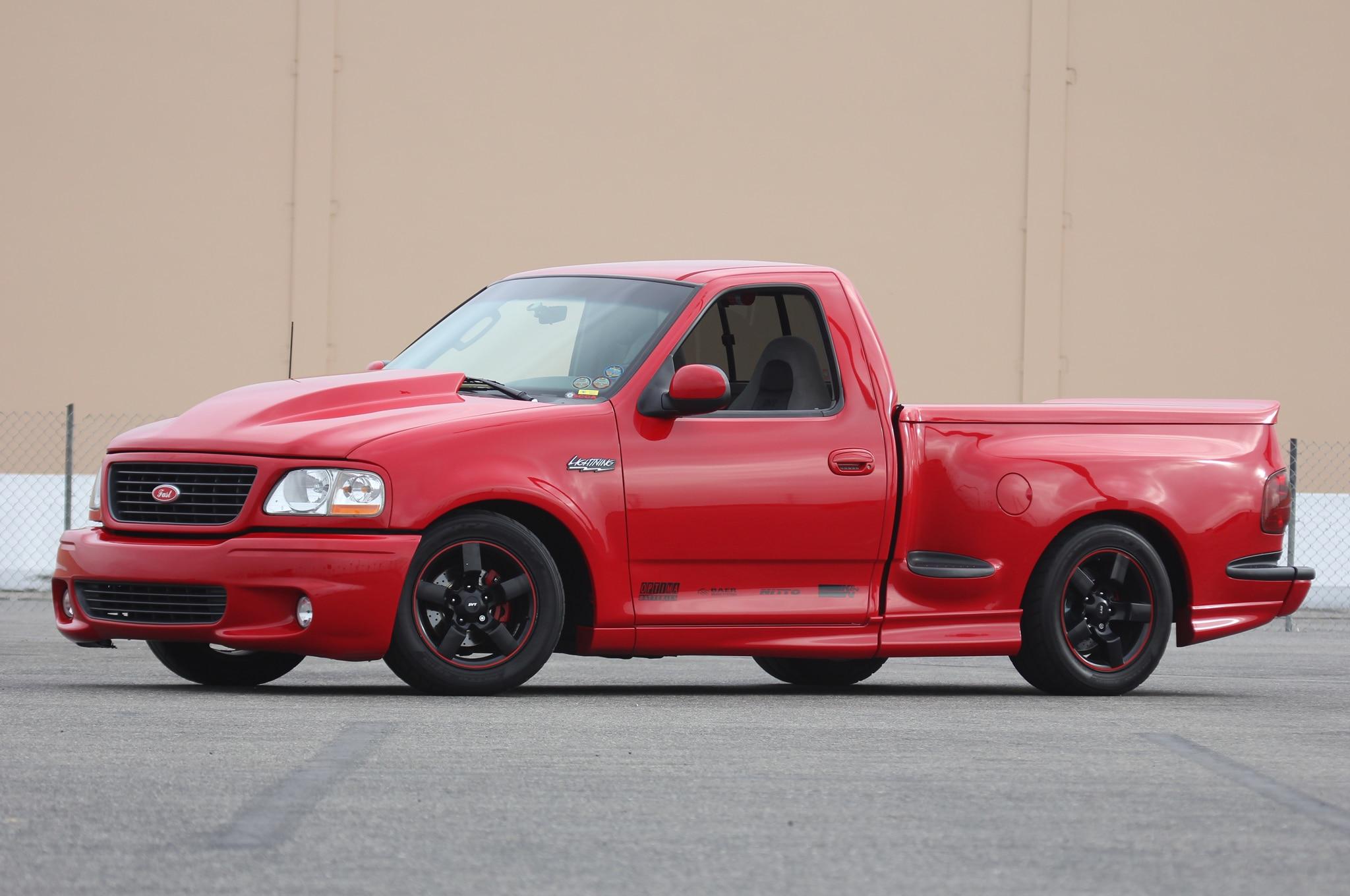 2002 ford f 150 svt lightning 2014 truckin throwdown competitors truck trend