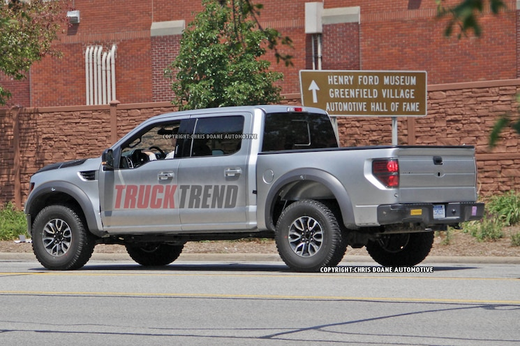 2016 Ford F150 Raptor Left Rear Angle
