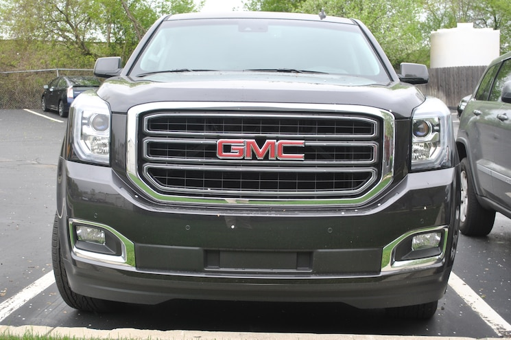 2015 GMC Yukon Front End