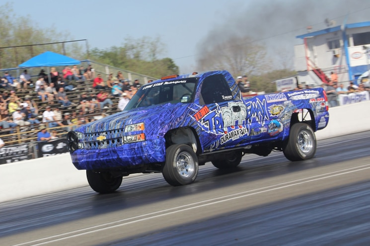 2006 Chevrolet 2500 In Motion Front Three Quarter