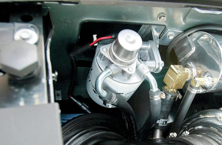 Tips And Tricks For A Quick and Easy Filter Change - Fuel Filter BasicsTruck Trend