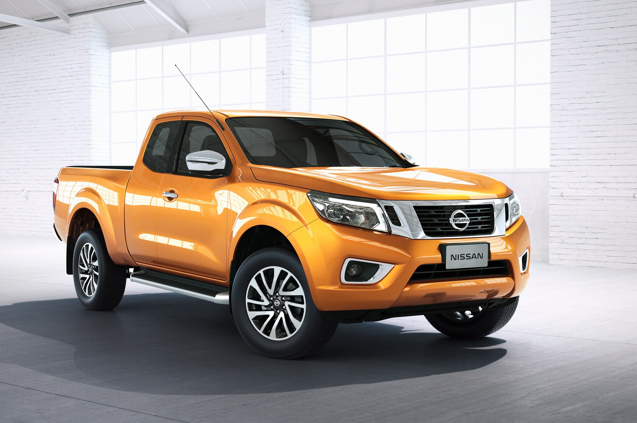 Nissan Np300 Navara 12th Gen Front Side View King Cab