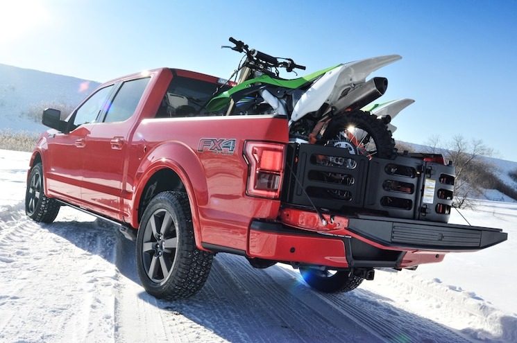 2015 Ford F 150 XLT Rear Three Quarters