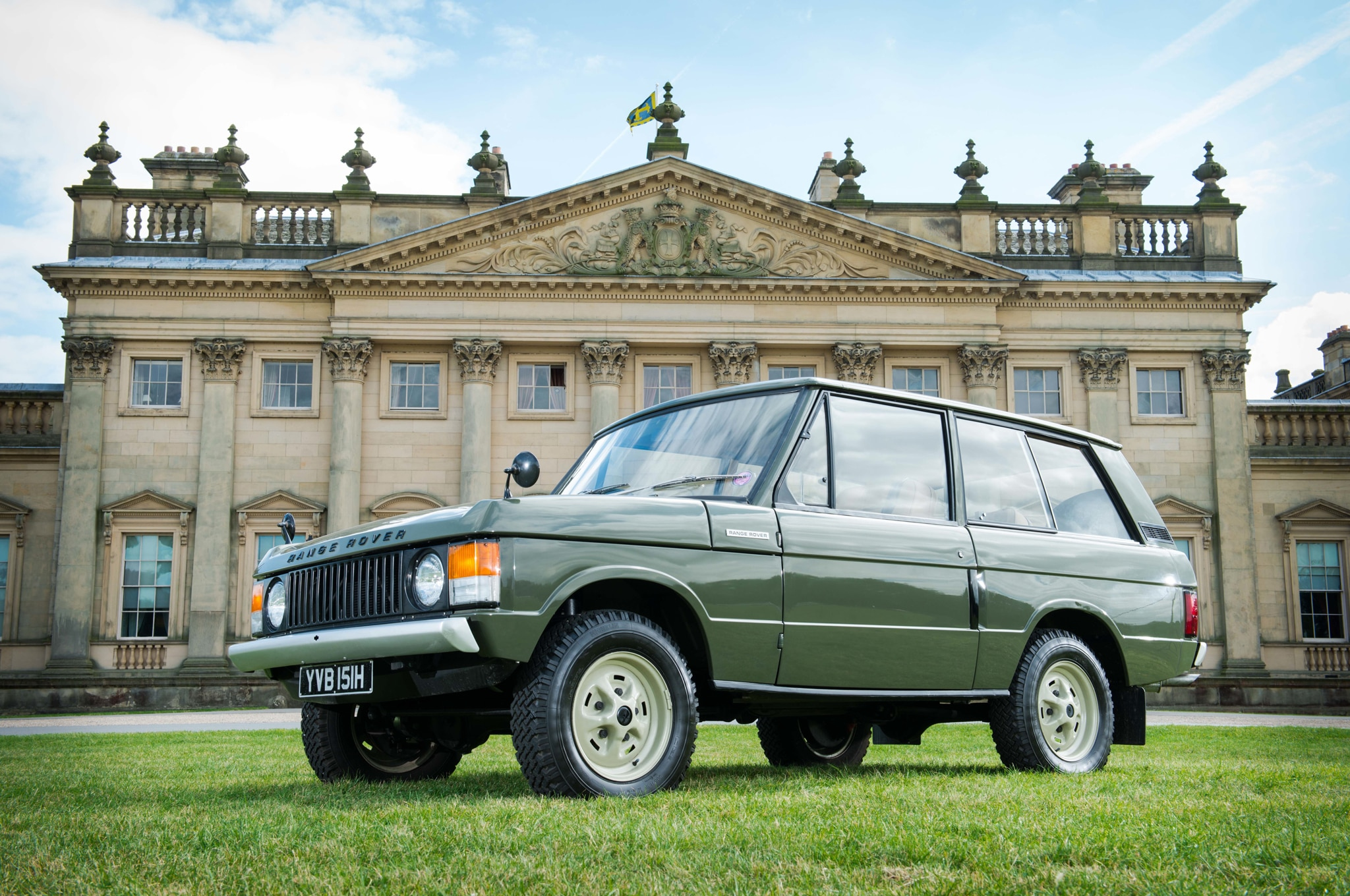 First Production 1970 Range Rover To Be Auctioned