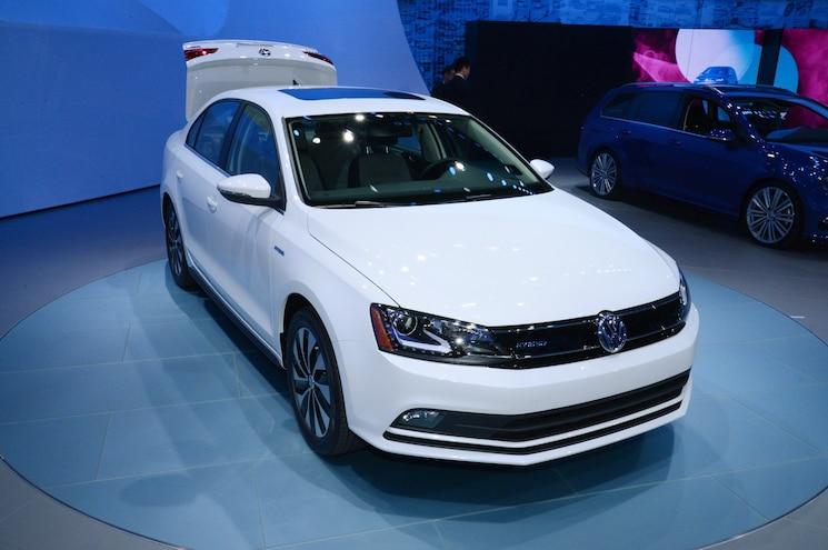 2015 Volkswagen Jetta First Look - Motor Trend