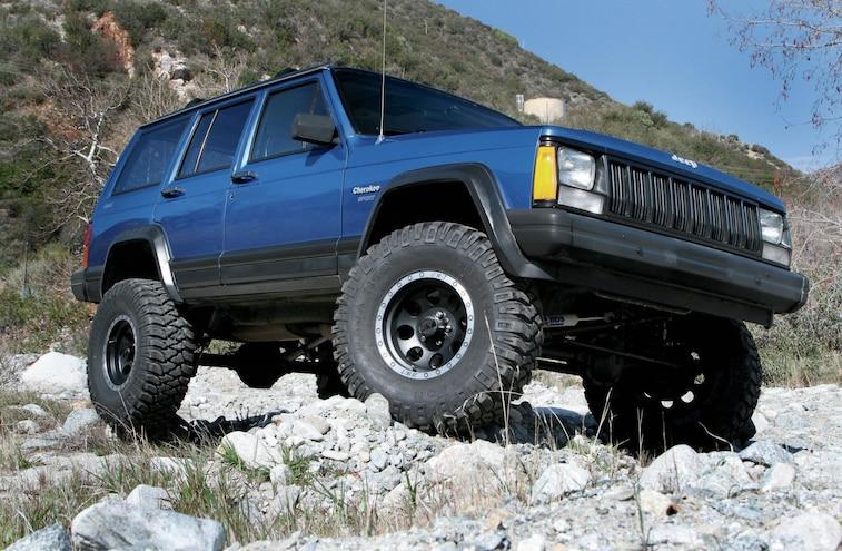 1995 Jeep Cherokee XJ Front Three Quarter