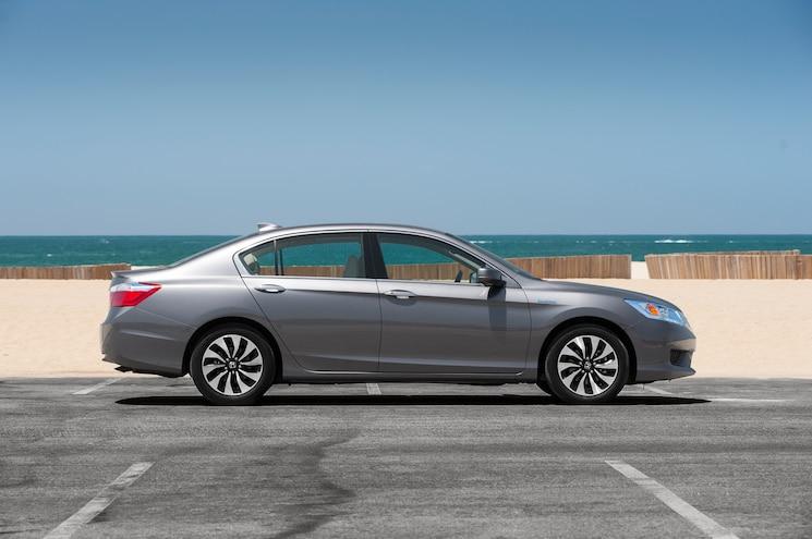 2014 Honda Accord Hybrid Touring Side Profile