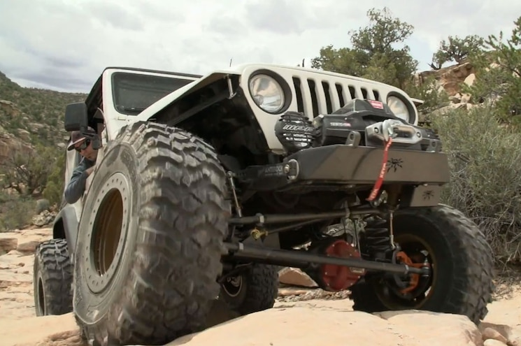 Video: Dirt Every Day Builds Jeep Wrangler TJ Project from Scratch