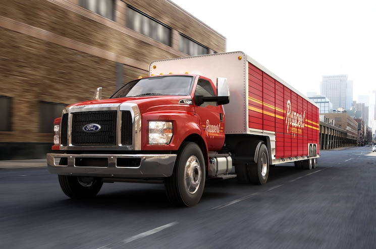 Power Output Announced for 2016 Ford F-650, F-750 Trucks