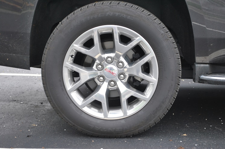 2015 GMC Yukon Wheel
