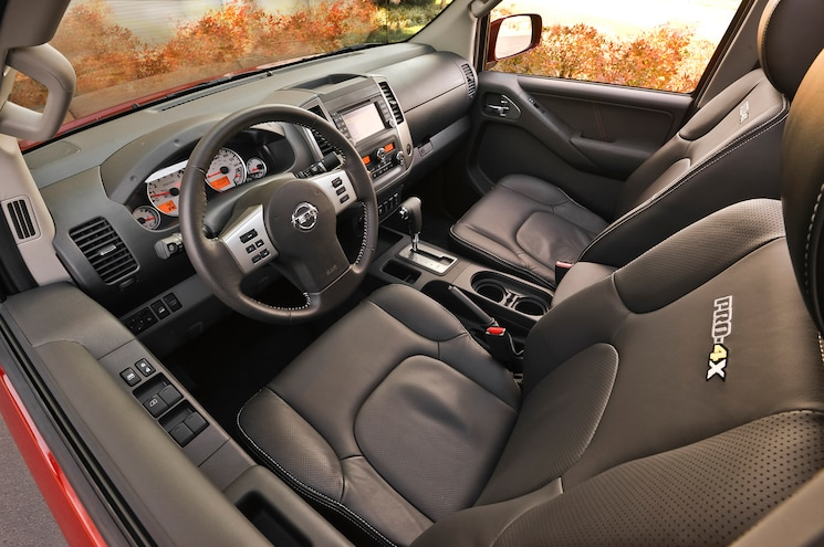 2014 Nissan Frontier Crew Cab Interior Front View