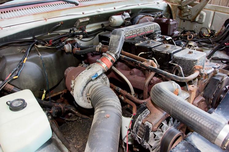 1985 Dodge Ram W350 4x4 D002