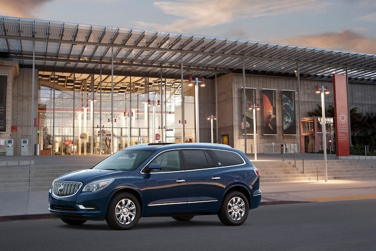 2015 Buick Enclave Front Three Quarters