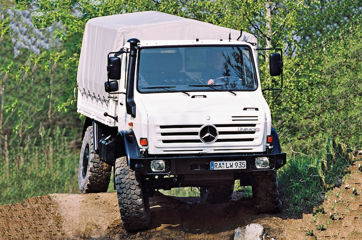 Mercedes Benz Unimog Front Three Quarter