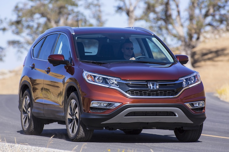 2015 Honda CR V Front Three Quarter View 1