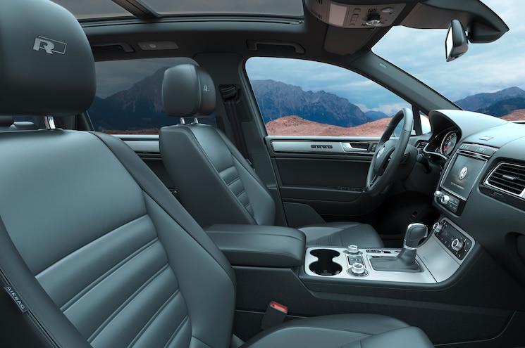 2015 Volkswagen Touareg R Front Seats
