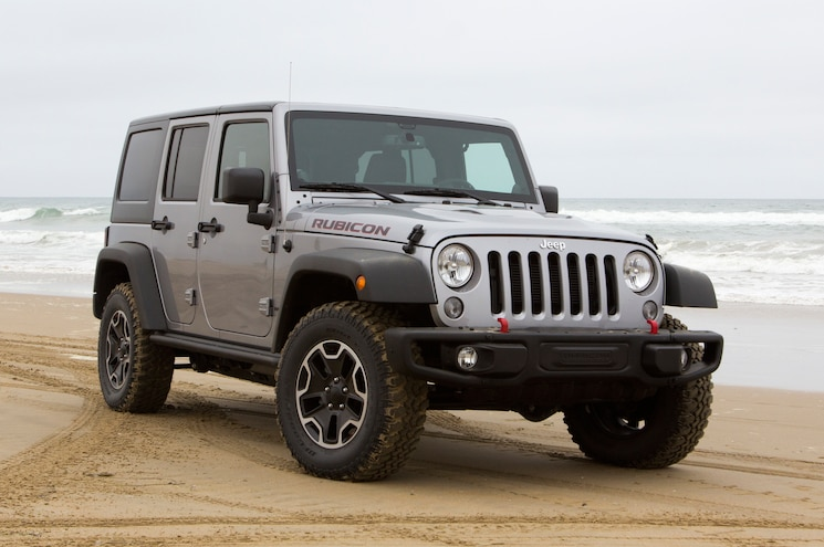2014 Jeep Wrangler Rubicon Unlimited X Front Three Quarters