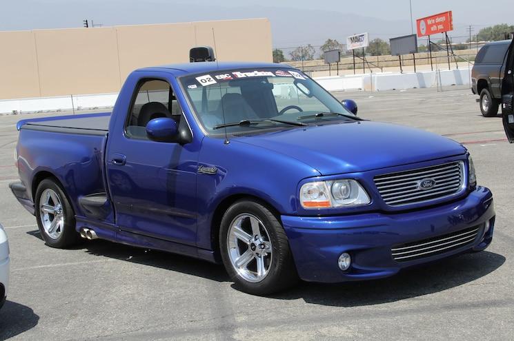 2003 Ford F 150 SVT Lightning Front
