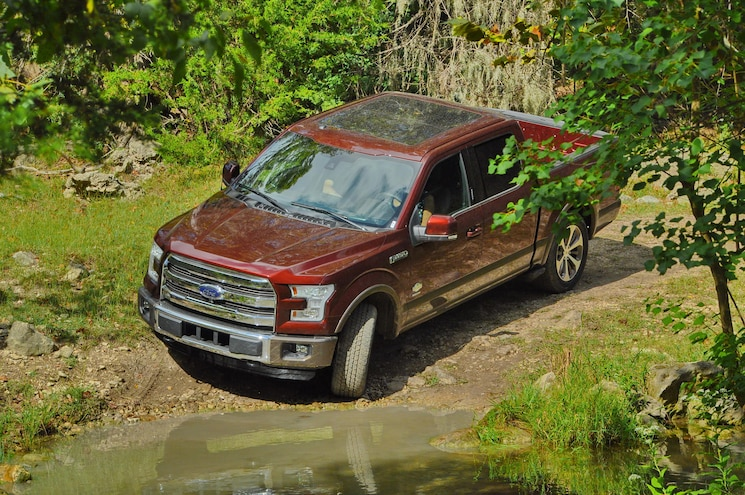 2015 Ford F150 Top Front Three Quarter
