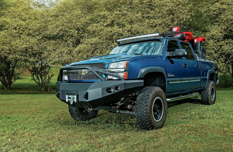 2004 Chevy 2500HD - Off Road Tough Fab Fours Bumpers Install