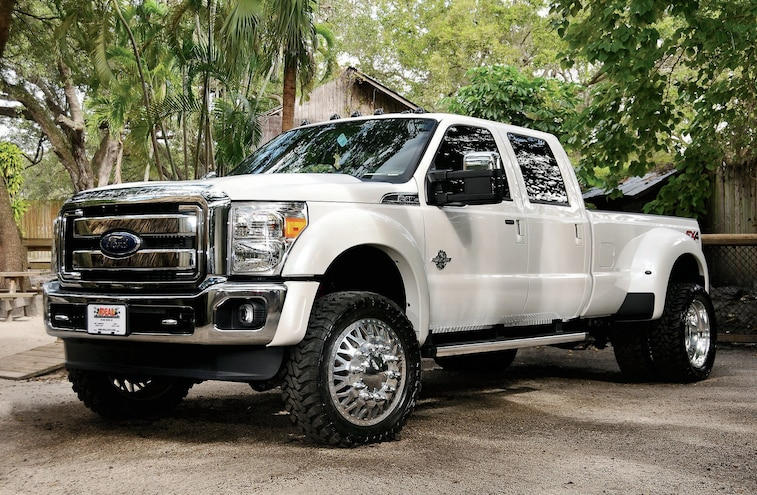 2013 Ford F 450 Front View