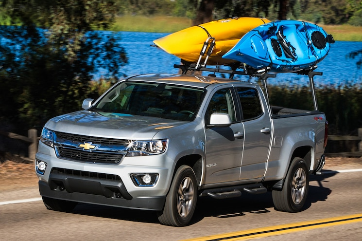2015 Chevrolet Colorado Z71 Front Three Quarters In Motion