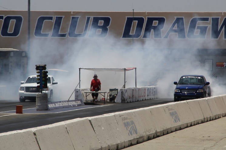 Truckin Throwdown 2014 Dragrace 45