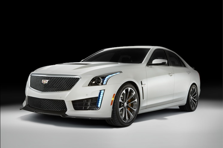 2016 Cadillac CTS V Front Three Quarters